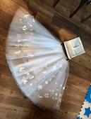 Svatební sukně a dva topy pro drobnější nevěstu , 36