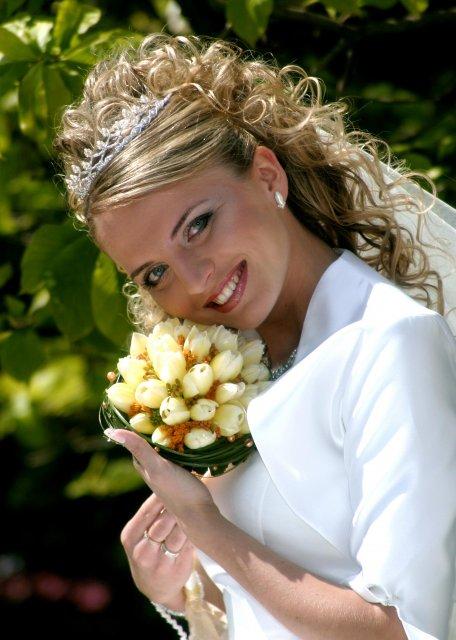 Prípravy na 17.6.2006 - Marek a Adela - vysnívane a reálne - moja sestra Saška - vydávala sa 14.5.2005