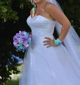 Svatební šaty (36/40) se třpytkami , 38