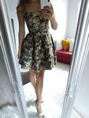 Krátke čierno - zlaté  šaty , 36