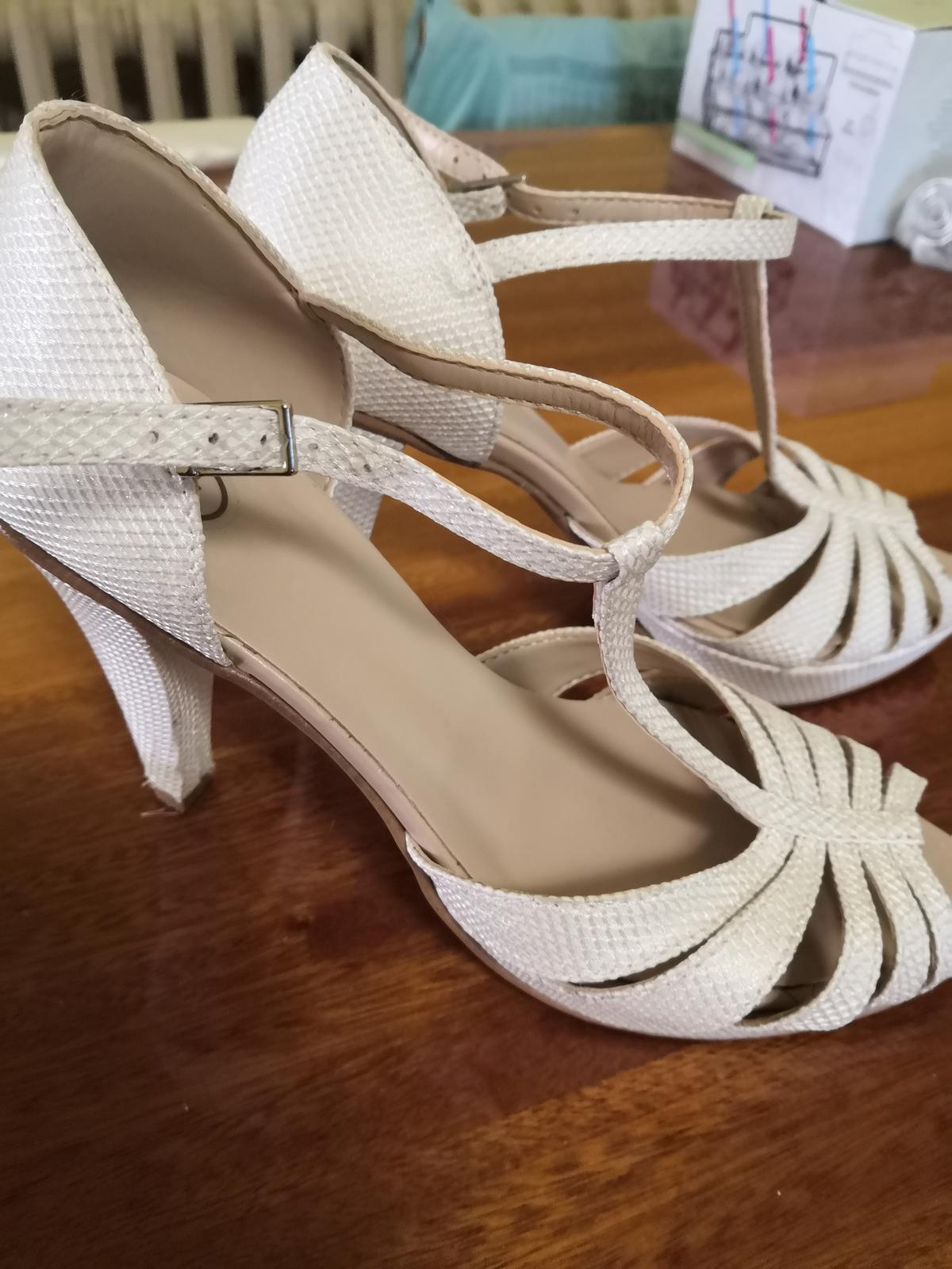 Svadobné sandálky - Obrázok č. 4
