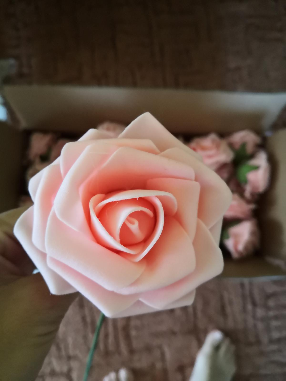 Kvet ružový (ruža) - Obrázok č. 1