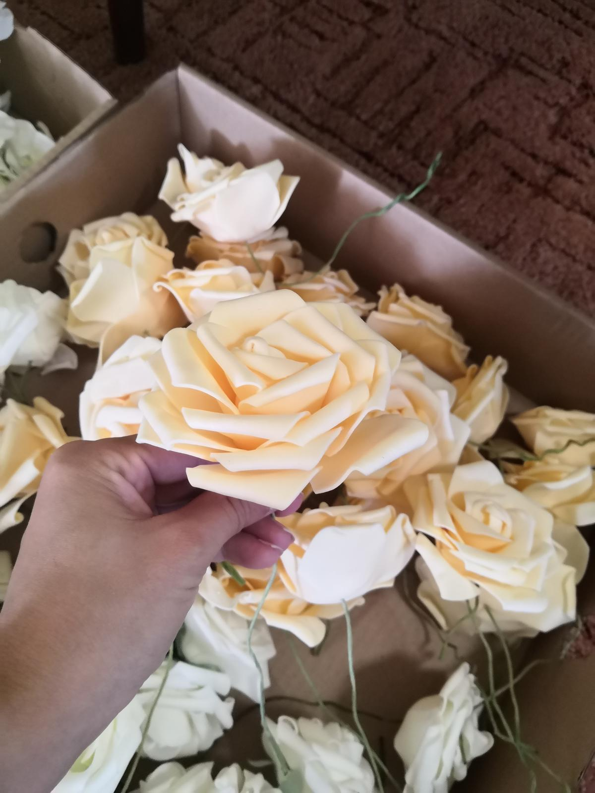 Kvet ivory (ruža) - Obrázok č. 2