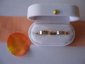 naše prstýnky z bílého a červeného zlata
