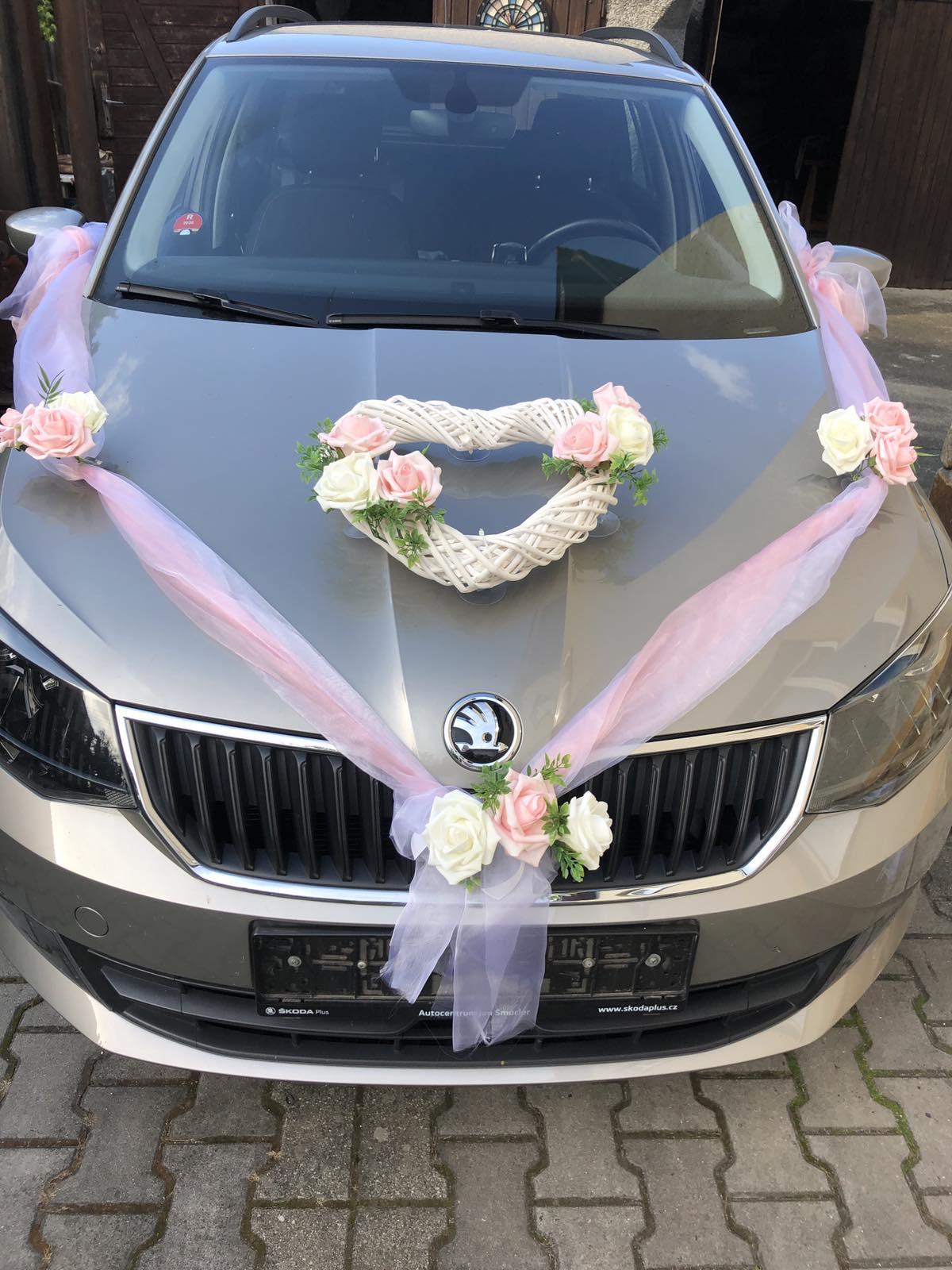 Nevěta, ženich + 7 aut svatebčanů - Obrázek č. 1