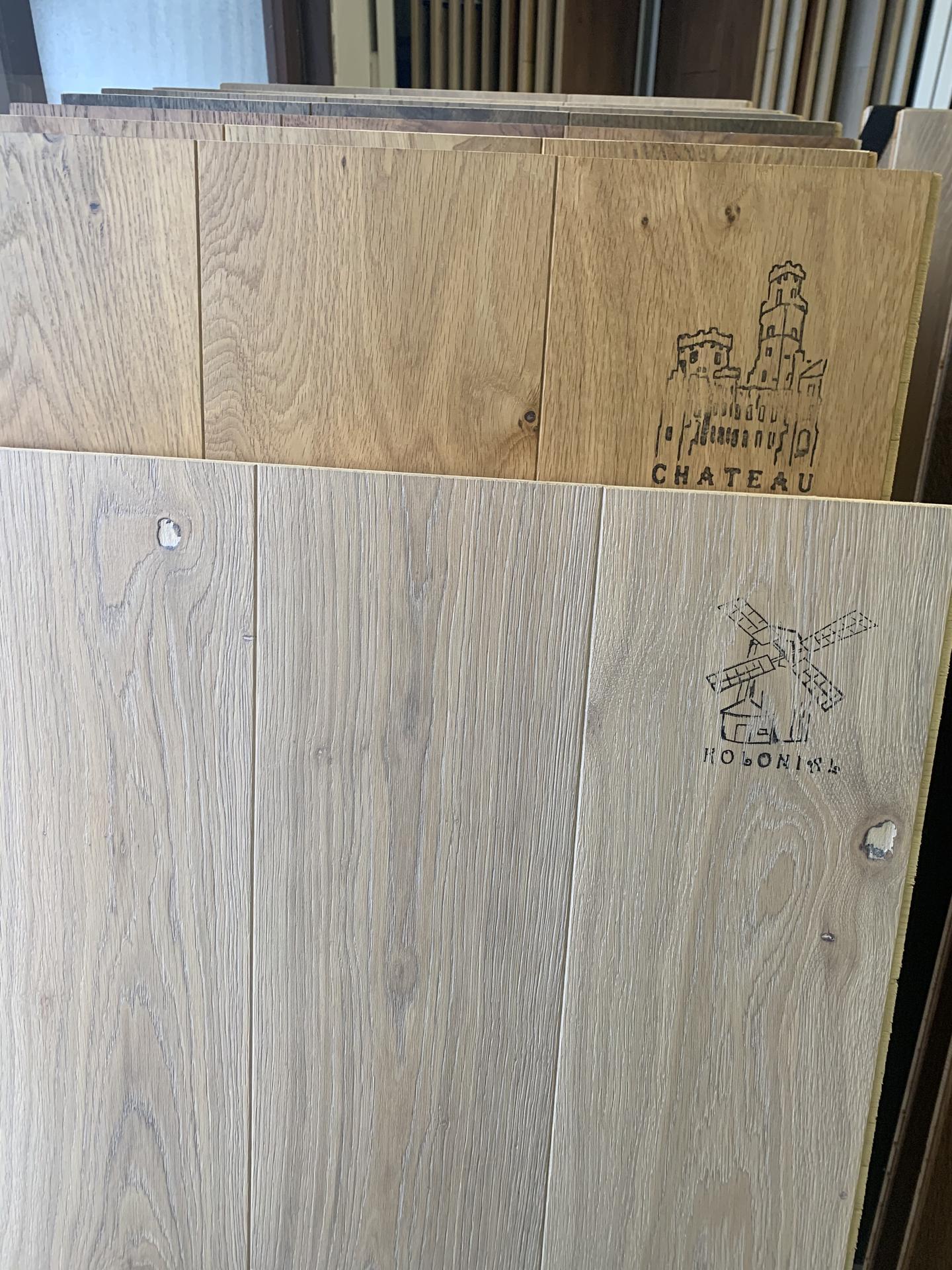 """Pod Horou... - Vyber podlahy bylo pro mě největší zlo, napasovat ke kuchyni (tam jsem decor dřeva měnila asi """"jen"""" 5x) 😂🤭"""
