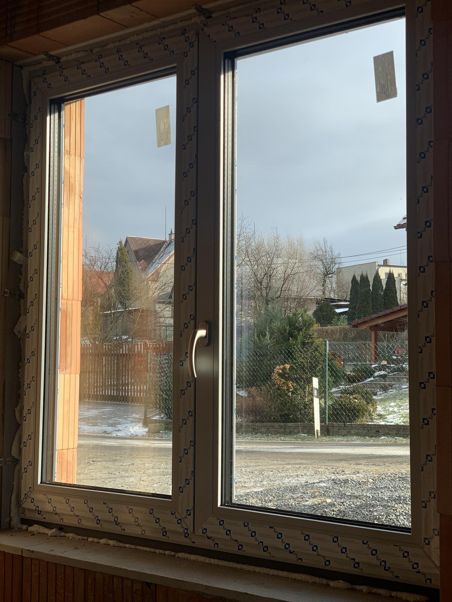 Pod Horou... - 01/21 máme okna, jedno jsem nechala vymenit 😂🤦🏽♀️ Nemělo být půlené