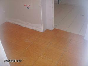 Dlažba na dolním WC a v technické místnosti