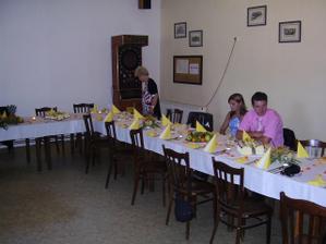 na stoly byla radost pohledět:-)