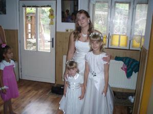 moje dve nádherné sestričky