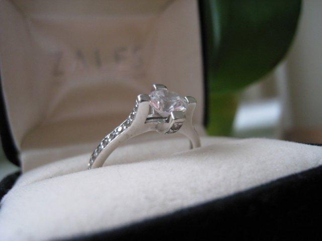 Svadba je v septembri - prstienok s otazkou