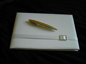 svatební kniha + pero