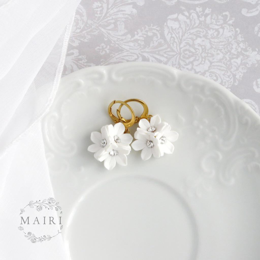 Mairi - pozlacené svatební náušnice bílé - Obrázek č. 1