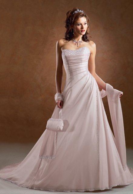 Necha sa niekto vyprovokovat? - Netypicke svadobné šaty II. - Obrázok č. 26