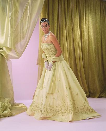 Necha sa niekto vyprovokovat? - Netypicke svadobné šaty II. - Obrázok č. 42