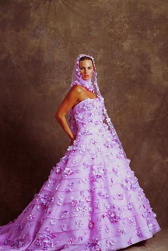 Necha sa niekto vyprovokovat? - Netypicke svadobné šaty II. - Obrázok č. 46