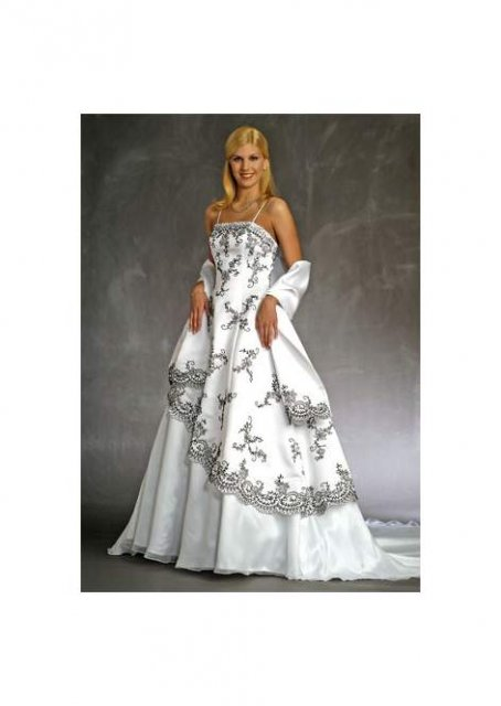 Necha sa niekto vyprovokovat? - Netypicke svadobné šaty II. - Obrázok č. 49