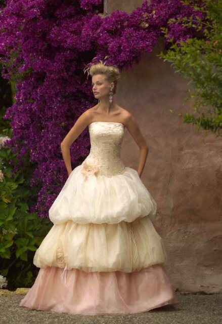 Necha sa niekto vyprovokovat? - Netypicke svadobné šaty II. - Obrázok č. 53