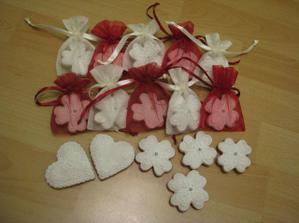 a toto sú naše darčeky pre hostí, presne podľa predstavy, super :)