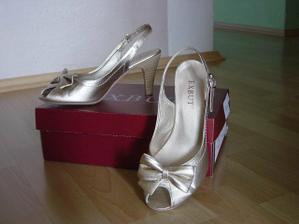 toto sú moje svadobné botičky