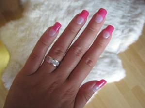 ružové nechty :)
