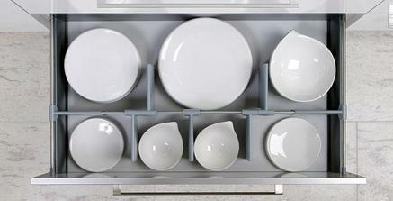 šuflik na taniere