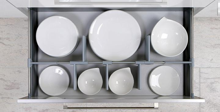 Najkrajšie kuchyne - šuflik na taniere