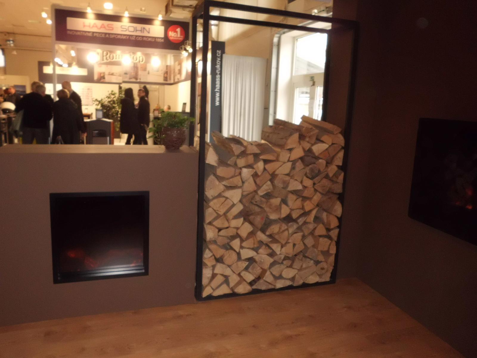 Výstava Nitra 2015 mojimi očami...:) - kde to drevo len dať?:-D