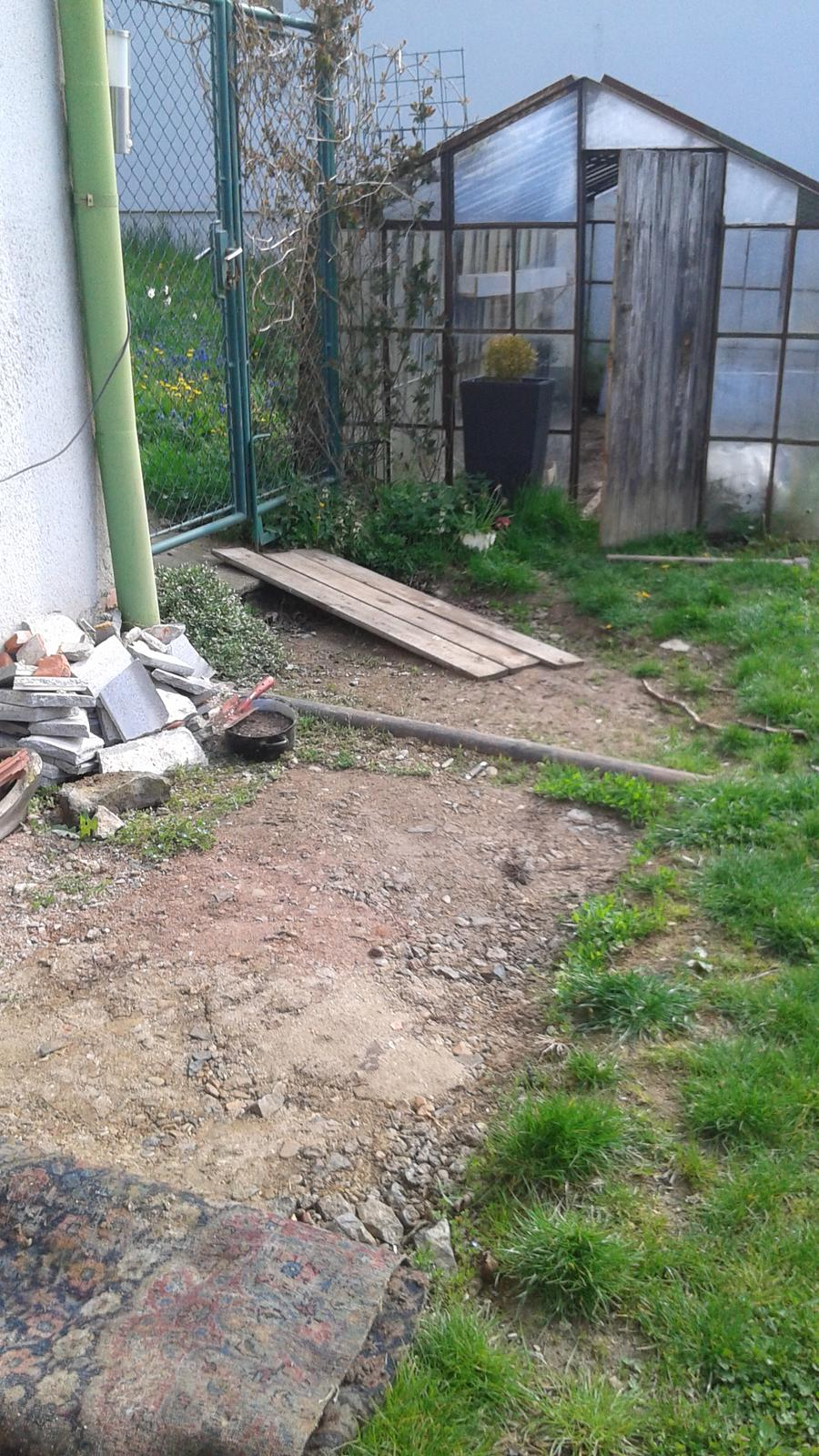 Zahrada od začátku - v květnu jsme začali