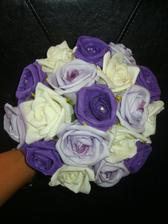 My bouquet (with some extra bling being added to it )