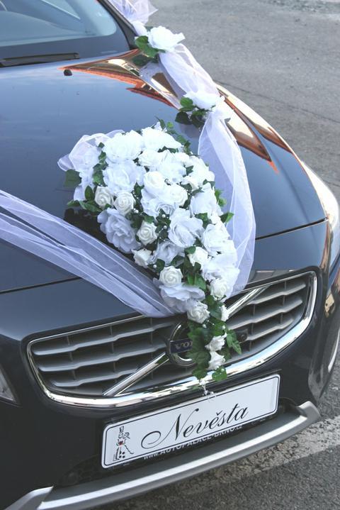 Michaela{{_AND_}}Martin - Půjčené nové Volvo:)