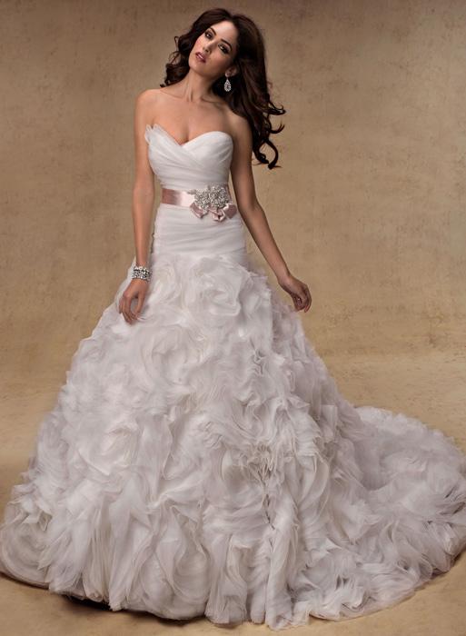 Jarní odprodej svatebních šatů + boty ZDARMA! - Jalissa - velikost 34-36-38, prodej 8900 Kč