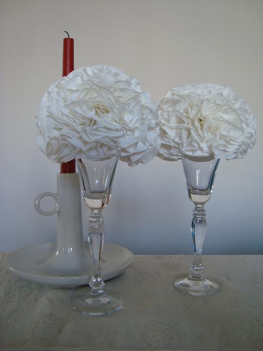 Notre mariage - Květiny z hedvábného papíru ozdobí stoly