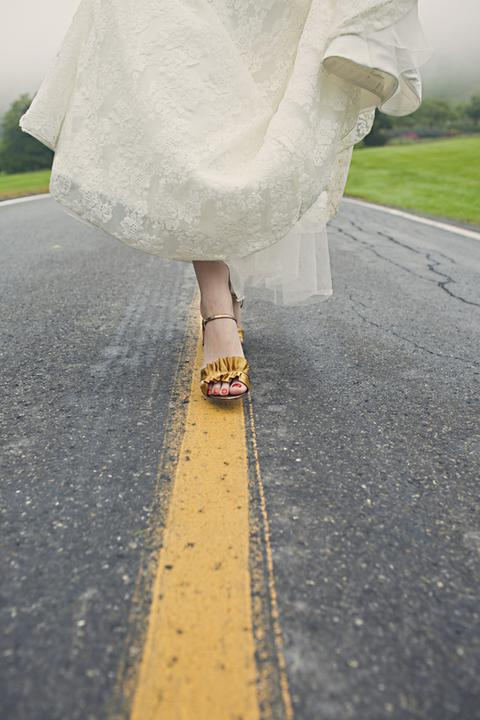 Coiffures, robes, bouquets et autres choses - Follow the way to the wedding ceremony! :-)