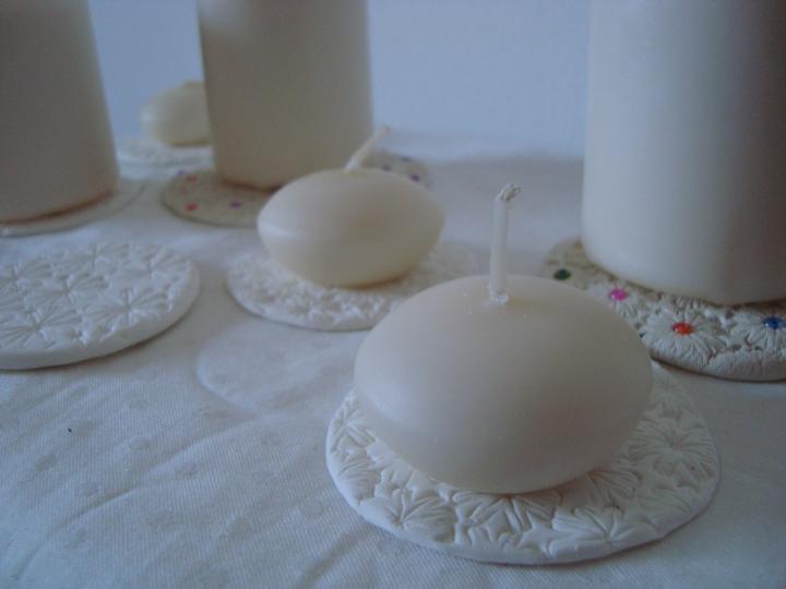 Notre mariage - Výroba podložek pod svíčky je v plném proudu...