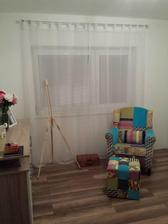Hostovska, este chyba postel a zavesy :)