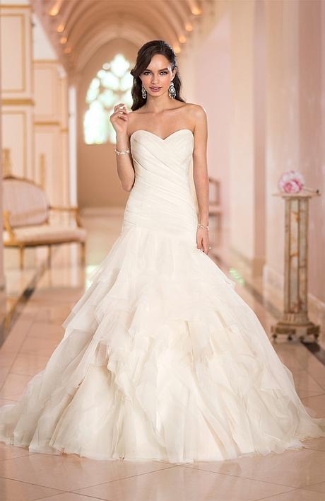 Svadobné šaty ktoré tvarujú postavu - farba ivory - Obrázok č. 1