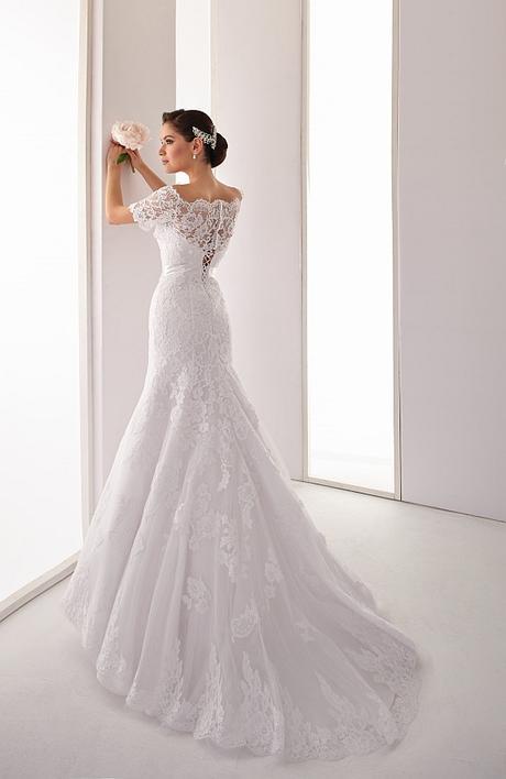Svadobné šaty z bielej čipky s bolerkom - Obrázok č. 2