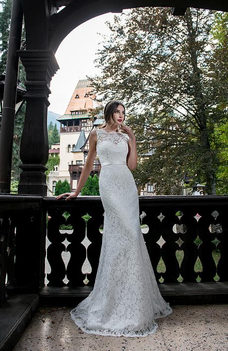 Svadobné šaty s čipkovými ramienkami - Obrázok č. 1