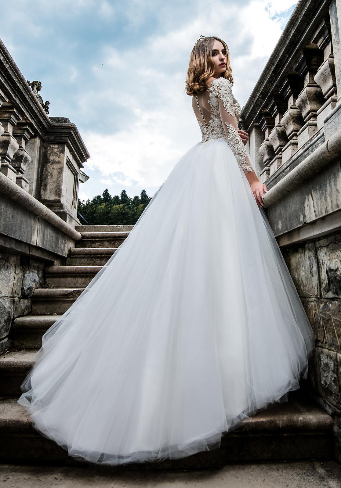Svadobné šaty s dlhými rukávmi s čipkou 36/38 - Obrázok č. 1