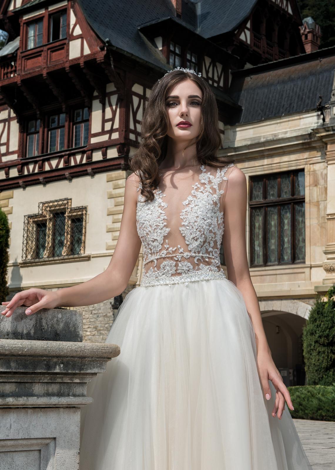 Sexi svadobné šaty vo farbe ivory/šampaň 36/38 - Obrázok č. 1