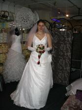 Tak v těchle se budu vdávat:)