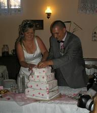 společně zvládneme...i nakrájet dort...