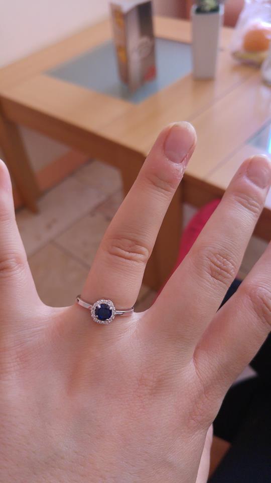 ♥ A je to tu..♥ už sa nám to kráti ♥ začali sa prípravy/ vybavovanie ♥ - Môj prstienok...keď som povedala ÁNO :-)