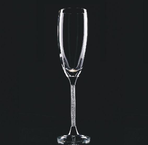 ♥ A je to tu..♥ už sa nám to kráti ♥ začali sa prípravy/ vybavovanie ♥ - Naše poháre - moje vysnené - Swarovski elements :-) už len gravírovať :P