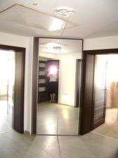 nová zrcadlová skříň, moje včerejší radost :-)