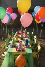 na místě pro děti budou balonky :)