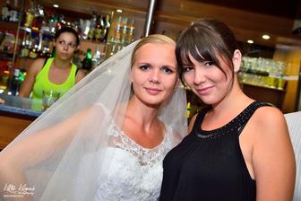 Moja Katka - fotografka, zachytila tie najúžasnejšie momenty našej svadby :) veľké ďakujem