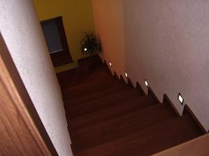 Osvetlenie schodov, super vec.