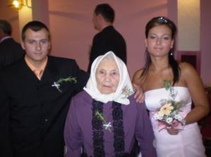 brácha, ségra a prastařka (88 let)